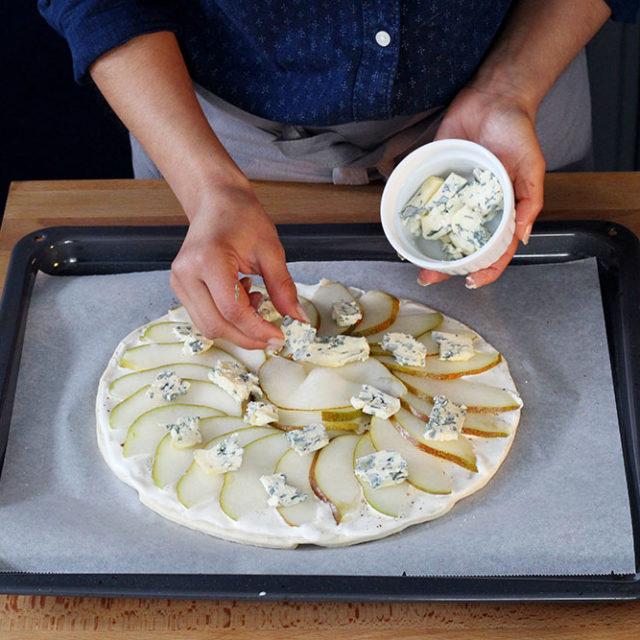 Étape 6 - Recette Pizza Fourme d'Ambert et poire