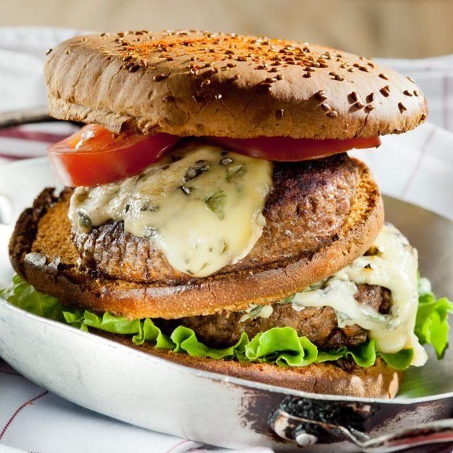 Espelette Fourme burger