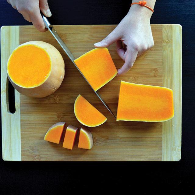 Étape 1 - Recette Velouté de butternut et carottes à la Fourme d'Ambert