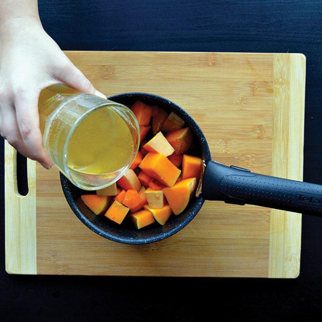 Étape 3 - Recette Velouté de butternut et carottes à la Fourme d'Ambert