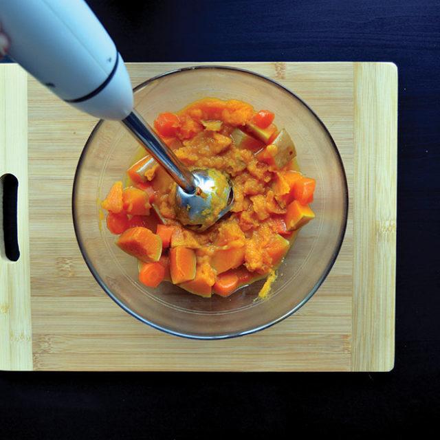 Étape 5 - Recette Velouté de butternut et carottes à la Fourme d'Ambert