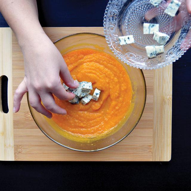 Étape 6 - Recette Velouté de butternut et carottes à la Fourme d'Ambert