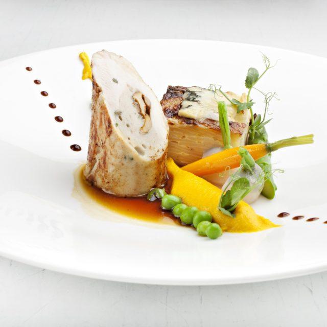 Suprême de poulet fermier d'Auvergne farci à la Fourme d'Ambert