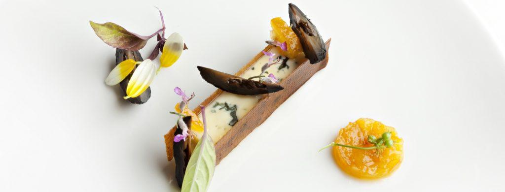 Fourme d'Ambert, nougatine amande et orange amère