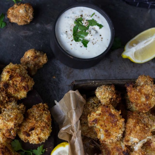 Blumenkohl-Nuggets mit Fourme d'Ambert Dip