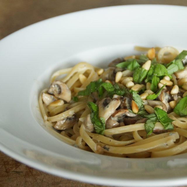 Pasta mit Fourme d'Ambert und Champignons