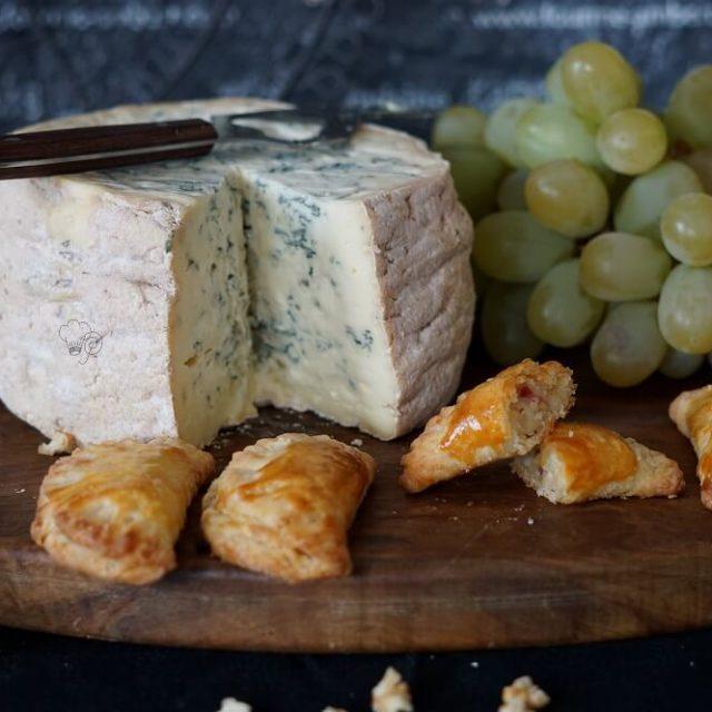 Käsetaschen mit Fourme d'Ambert