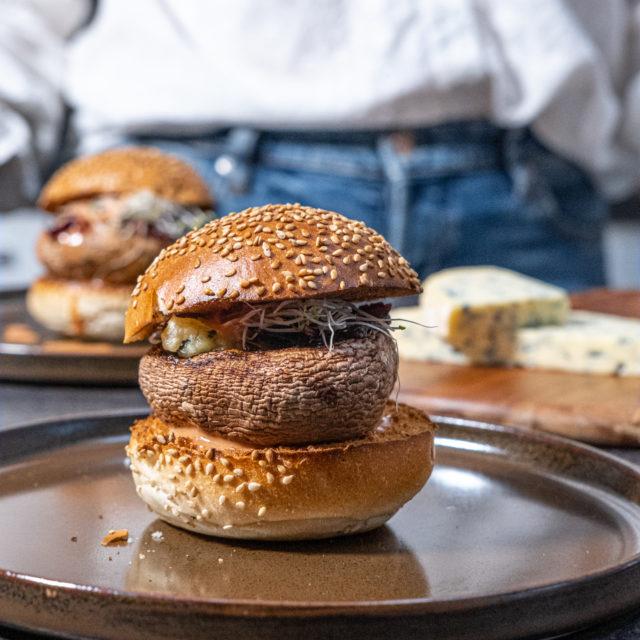 Burger de Portobello à la Fourme d'Ambert AOP